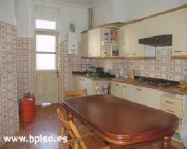 Habitacion para estudiantes en calle Leon en Vigo