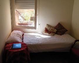 Habitacion individual exterior en Barcelona