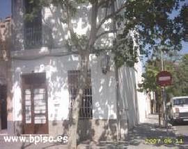 Alquilo habitaciones grande y exterior en Cerdanyola