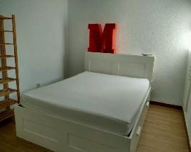 Se alquila habitacion calle Menorca Valencia