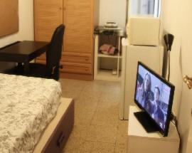 Alquiler de habitacion individual con bano privado Barcelona