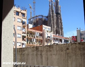 Alquilo habitacion individual Eixample Barcelona