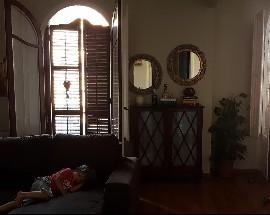 Alquilo habitacion individual en lindo piso de la Zona Alta