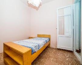 Alquilo habitacion en Reus al lado facultad Medicina