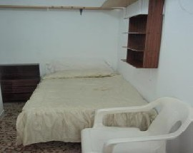 Alquilo habitacion con entrada independiente en Madrid
