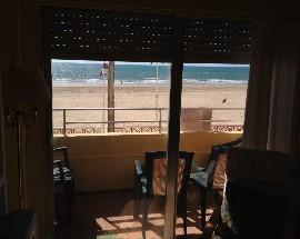 Piso a compartir enfrente de la playa Victoria