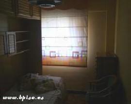 Alquilo habitacion en la zona de Ventas Madrid