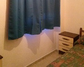Alquilo habitacion comoda recien pintada Huelva