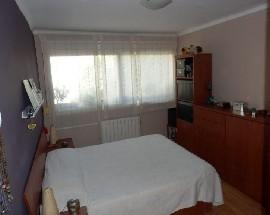 Habitacion doble para chica cerca Bac de Roda
