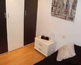 Habitacion individual con aseo privado en Barcelona
