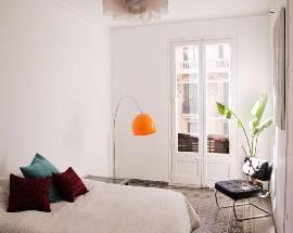 Habitacion amplia y soleada en la Dreta de LEixample