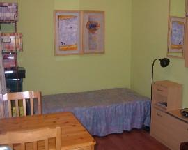 Se alquila habitacion a mujer sola en Barcelona