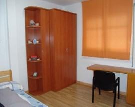Alquilo habitacion individual para estudiante en Cerdanyola