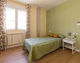 2 habitaciones a elegir reformado Granada centro