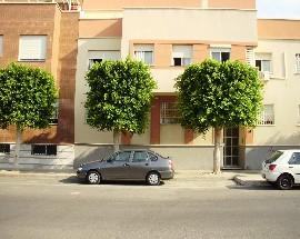 Alquilo 3 habitaciones en Almeria