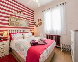 Habitacion privada con bano en calle Valencia Madrid