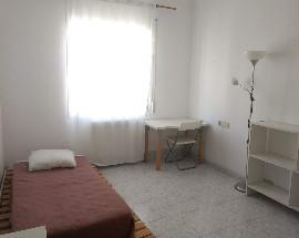 Se busca persona para compartir piso en Barcelona