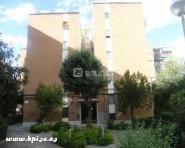 Alquilo habitacion individual independiente en Madrid Latina