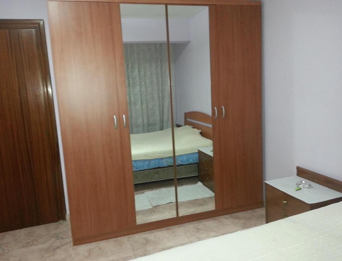 Alquilo habitacion doble en zaragoza espa a bquarto for Habitacion familiar en zaragoza