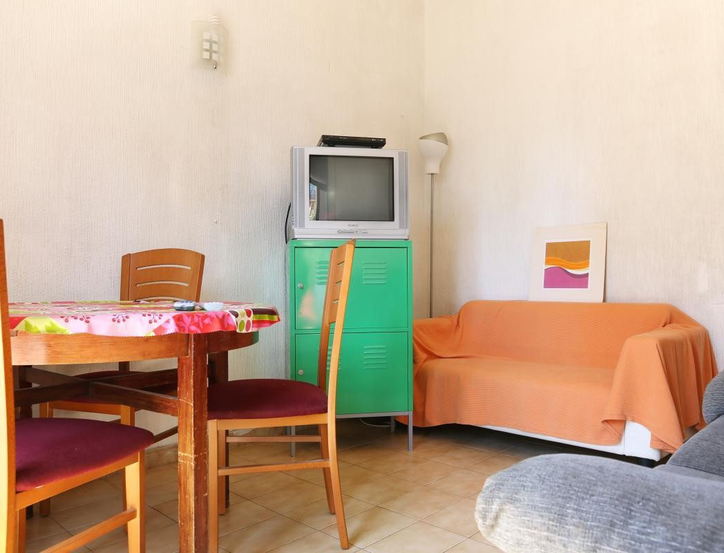Alquilo habitacion individual Eixample Barcelona España bquarto